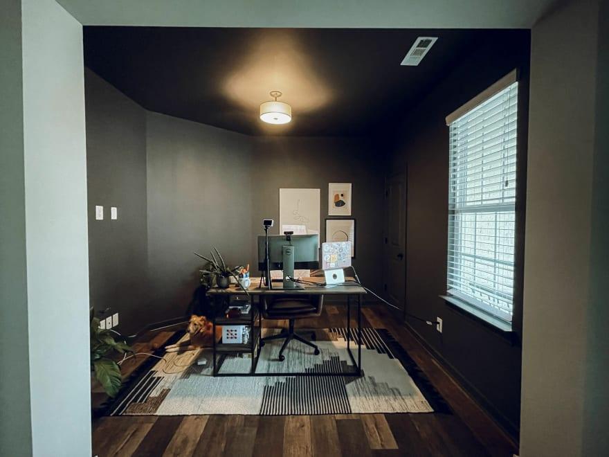 Wide shot of Kara's office