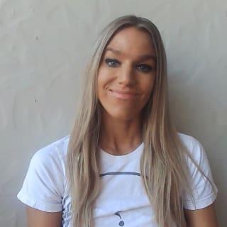 Julia Nash profile picture