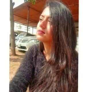 Syeda Aeimen Bukhari profile picture