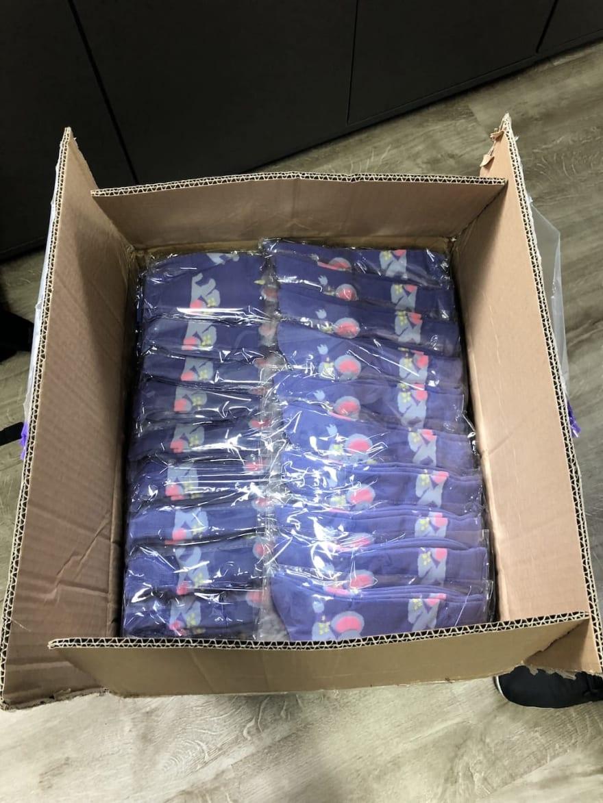 Elephant socks in a box, from Fuzhou Firebird Sporting Goods Co., Ltd.