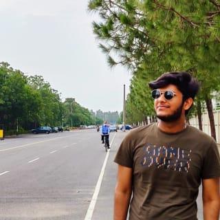 Neeraj Gupta profile picture