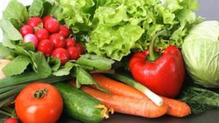 Mùa hè ăn rau, quả thế nào cho an toàn?