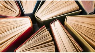 24 cuốn sách này sẽ giúp bạn thêm hiểu biết