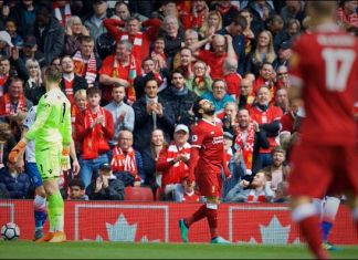 Mo Salah terlihat kecewa timnya tanpa gol (foto twitter @LFC)