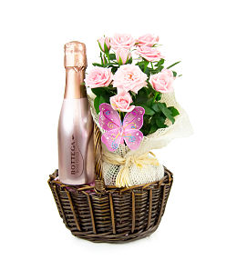 Rose and Bottega Basket