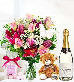 Bouquet, Bubbles and Bonbons!
