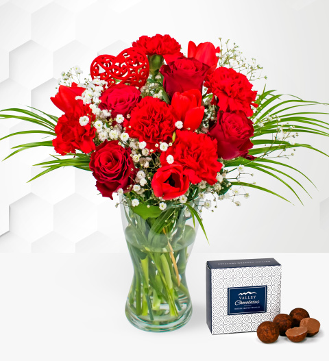 Flowers Valentine's Rose & Tulips - Free Chocs - Valentine's Flowers - Cheap Valentine's Flowers - Valentine's Roses