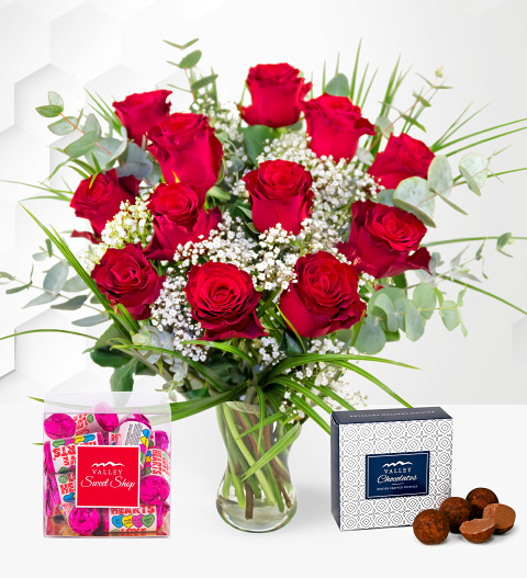 12 Red Roses Treat