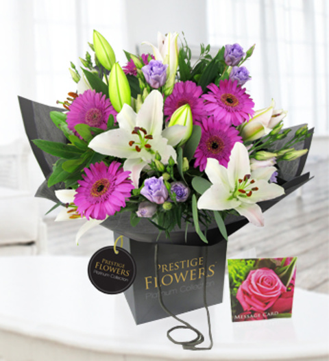 Luxury Flowers For Delivery: Exquisite » Luxury Flowers £34.99