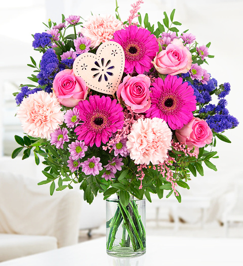 I Love Mum Mothers Day Flowers 2499 Free Chocolates Prestige
