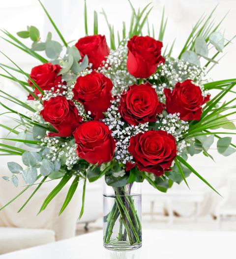 Romantic Roses Valentines Day Flowers 26 99 Free Chocolates