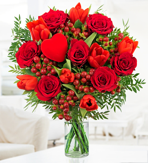 Ju0027adore » Valentines Day Flowers £26.99 | FREE Chocolates | Prestige Flowers