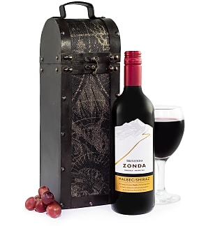 Trivento Wine and Case