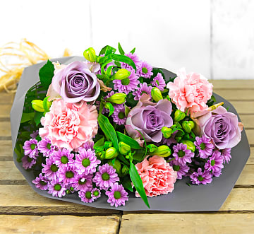 Free flower delivery on Pastel Pleasures