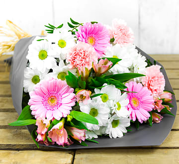 Free flower delivery on Elegant Charm