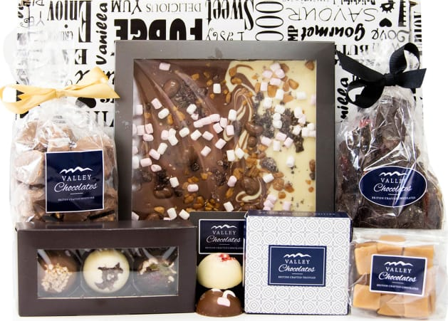 Free hamper delivery on Chocolate Lover's Choice