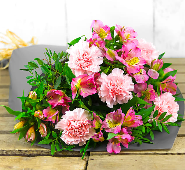 Free flower delivery on Perfectly Pink