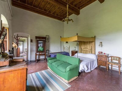 Image 10 | Magnificent Tuscany Villa for Sale 123768