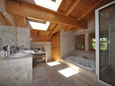 Image 33 | 11 bedroom ski chalet for sale with 0.33 hectares of land, Megeve, Haute-Savoie , Rhone-Alpes 126787