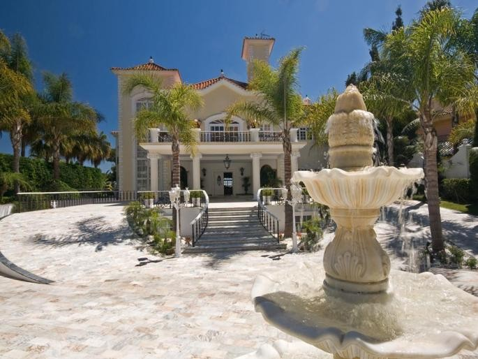 Image 3 | 5 bedroom villa for sale with 0.5 hectares of land, Puerto Banus, Malaga Costa del Sol, Andalucia 171022