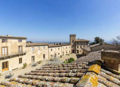 Image 24 | 19 bedroom castle for sale with 940,000m2 land in Chianti, Florence,Italy 177946