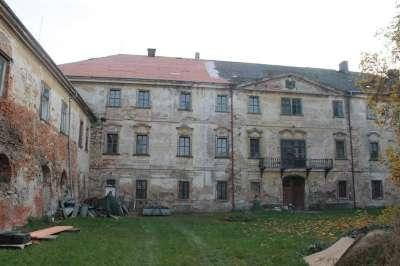 Image 6 | Seventeenth Century Castle for Sale  near Prague,  Czech Republic 184961