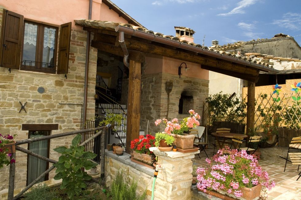Image 1 | 10 bedroom hotel for sale with 11 hectares of land, Tolentino, Macerata, Marche 186180