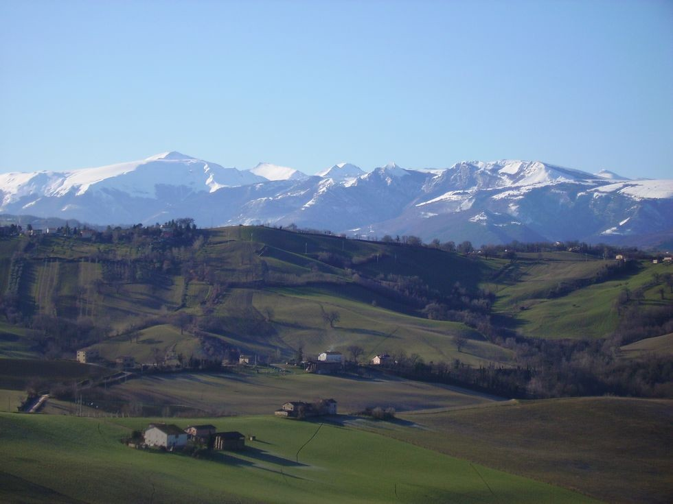 Image 2 | 10 bedroom hotel for sale with 11 hectares of land, Tolentino, Macerata, Marche 186180