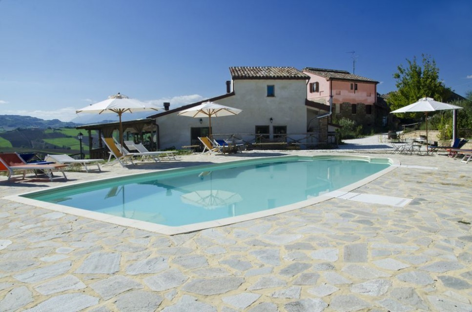 Image 4 | 10 bedroom hotel for sale with 11 hectares of land, Tolentino, Macerata, Marche 186180
