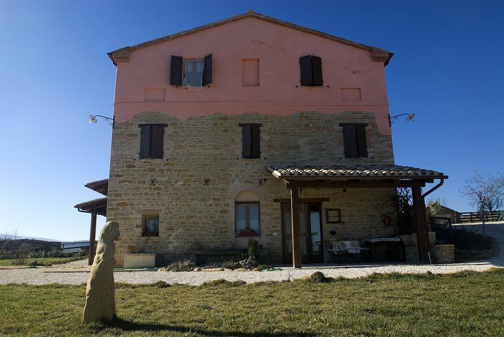 Image 8 | 10 bedroom hotel for sale with 11 hectares of land, Tolentino, Macerata, Marche 186180