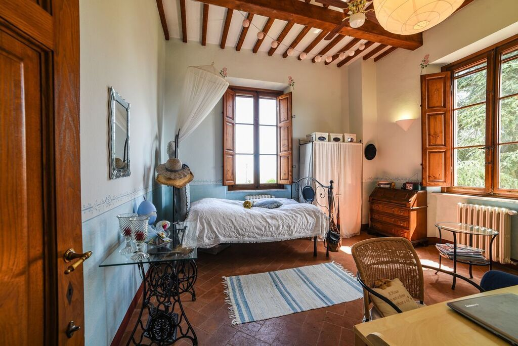 Image 11   6 bedroom villa for sale with 1.4 hectares of land, Montecarlo, Lucca, Tuscany 188274