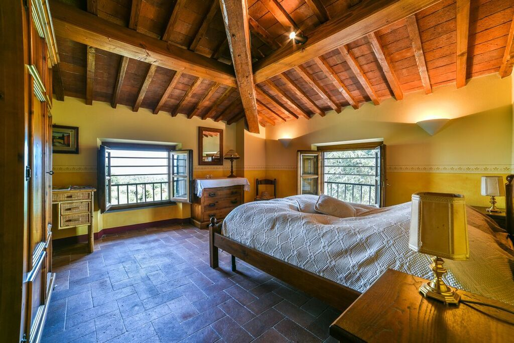 Image 13   6 bedroom villa for sale with 1.4 hectares of land, Montecarlo, Lucca, Tuscany 188274