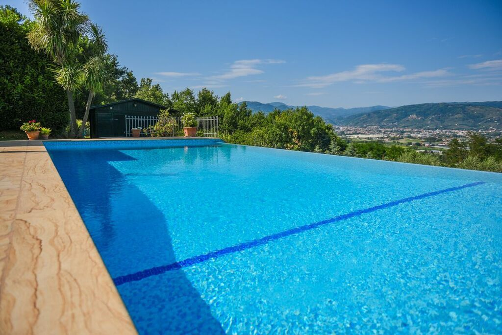 Image 19   6 bedroom villa for sale with 1.4 hectares of land, Montecarlo, Lucca, Tuscany 188274