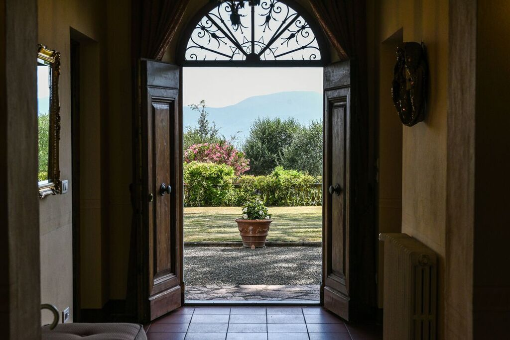 Image 29 | 6 bedroom villa for sale with 1.4 hectares of land, Montecarlo, Lucca, Tuscany 188274