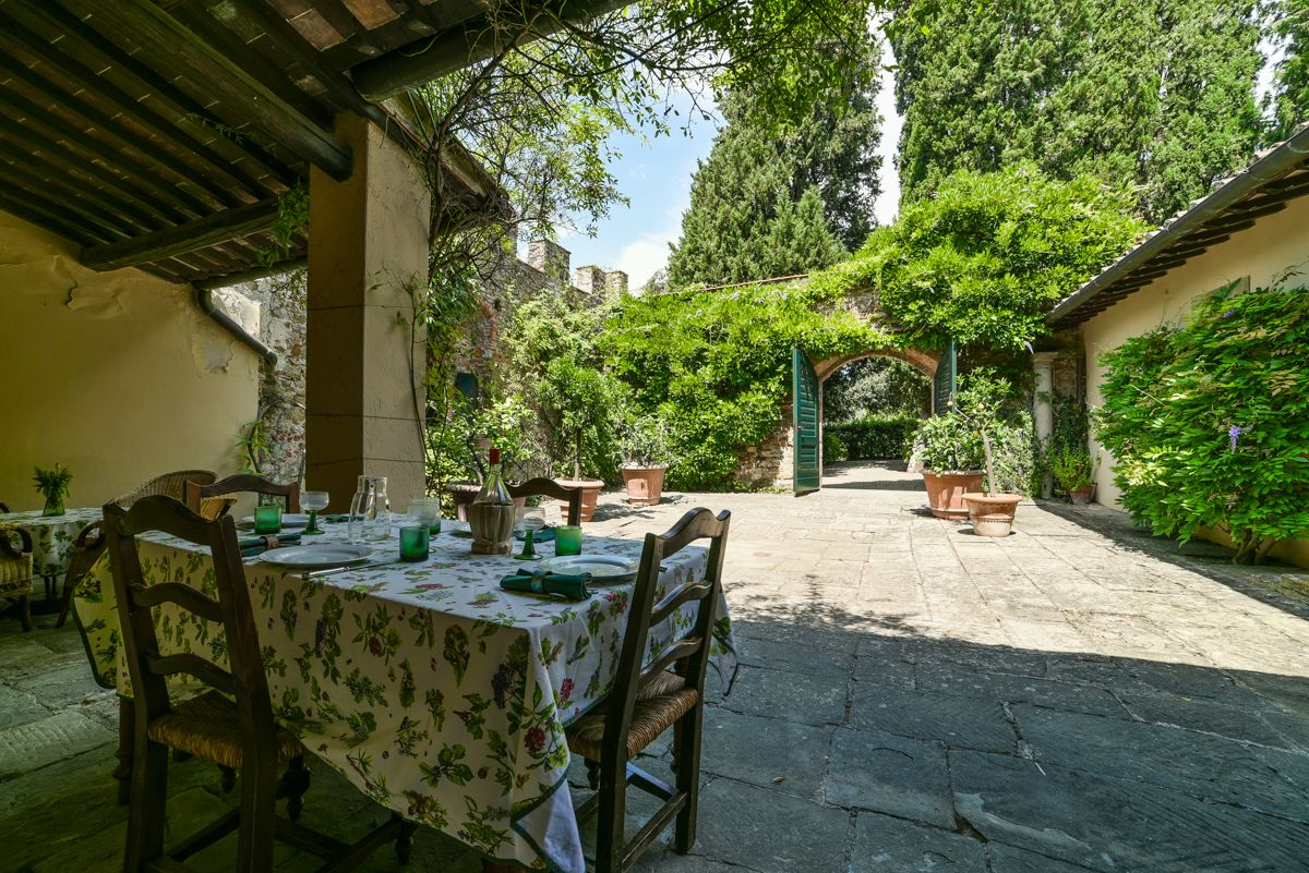 Image 11   7 bedroom villa for sale with 1 hectares of land, Florence, Chianti Wine Region 193677