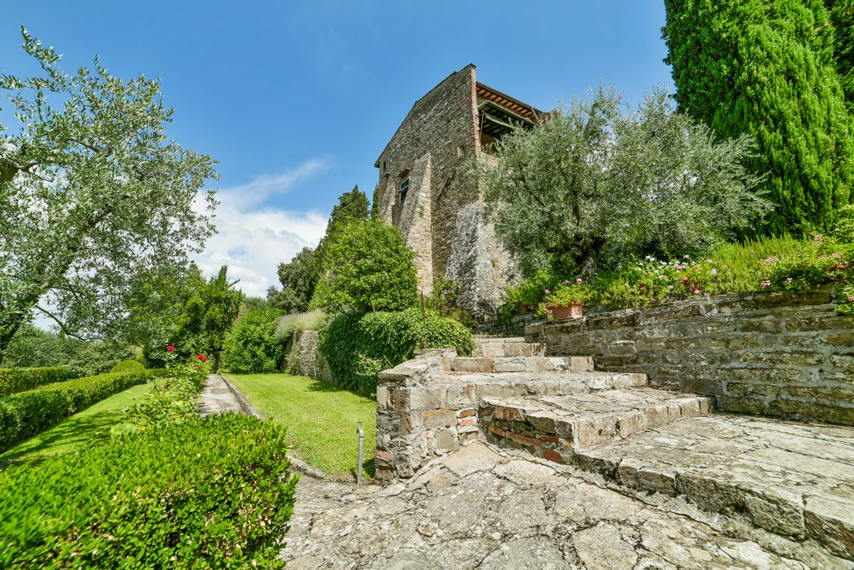 Image 5   7 bedroom villa for sale with 1 hectares of land, Florence, Chianti Wine Region 193677