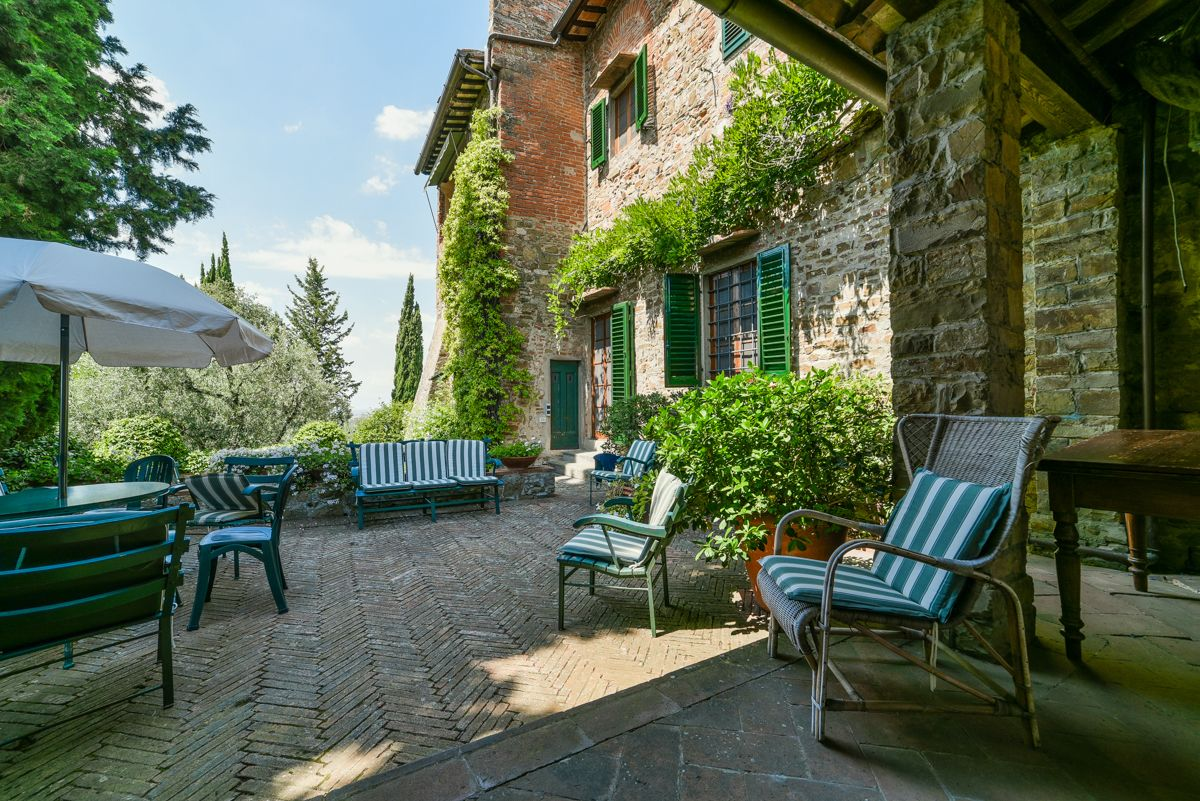 Image 8   7 bedroom villa for sale with 1 hectares of land, Florence, Chianti Wine Region 193677
