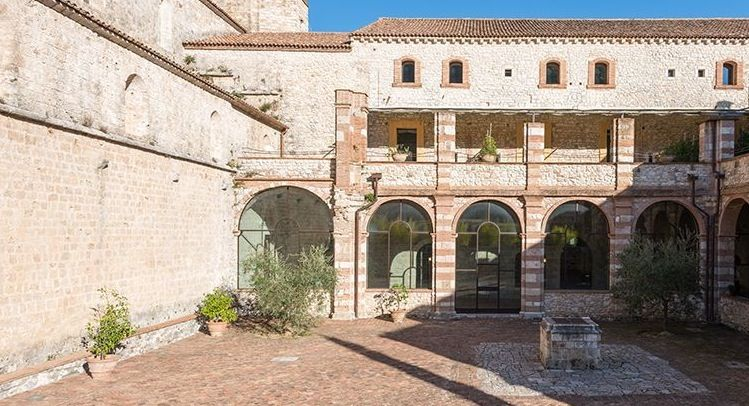 Image 14 | Magnificent renovated former abbey with various apartments for sale in Rieti  194139