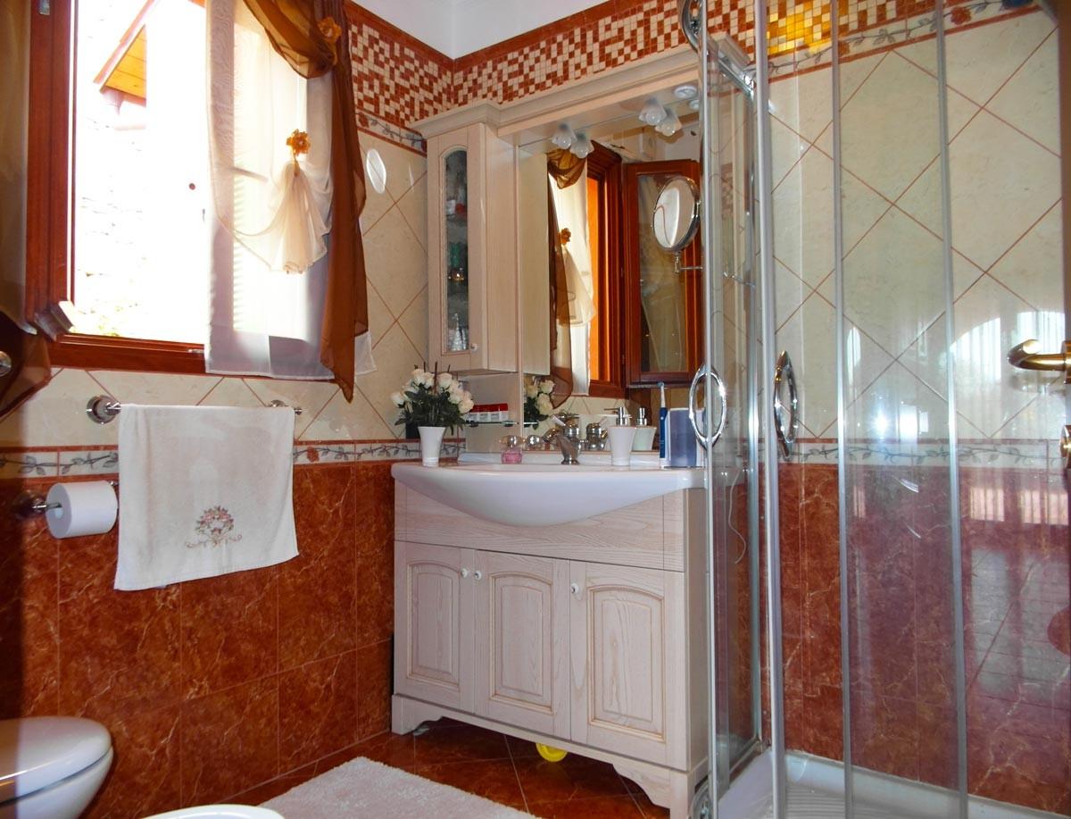 Image 7   4 bedroom villa for sale, Seborga, Imperia, Liguria 194918