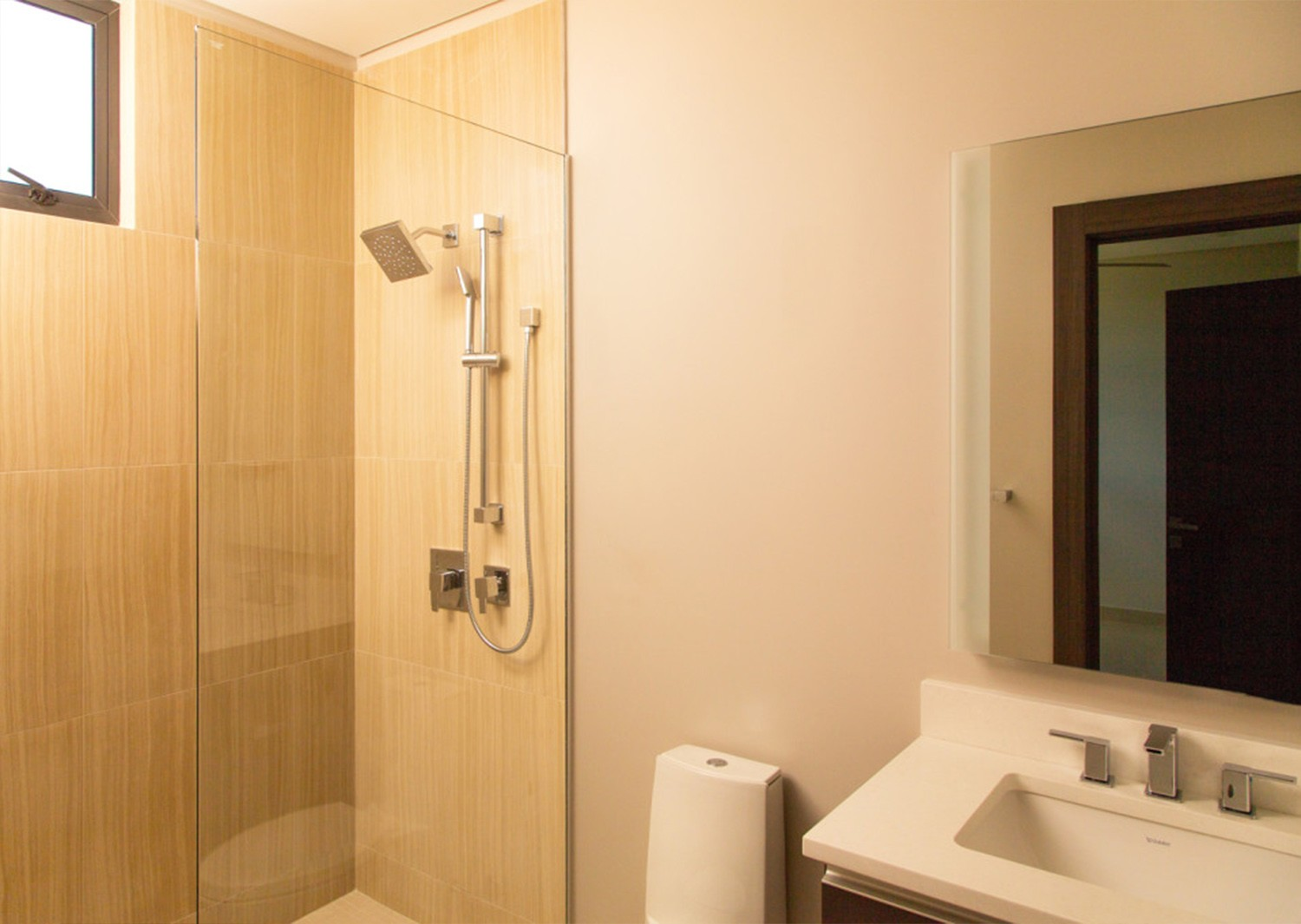 Image 8 | 3 bedroom penthouse for sale, Accra Beach, Rockley, Christ Church 194939