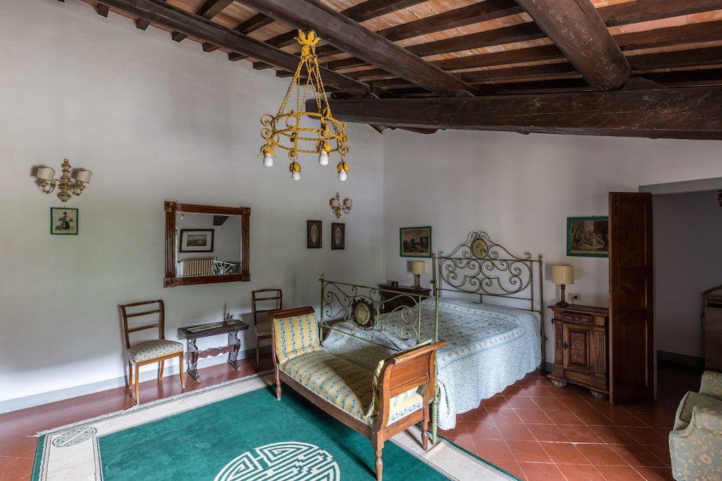 Image 14 | 7 bedroom hotel for sale with 60 hectares of land, Chianti, Florence, Chianti Wine Region 195317