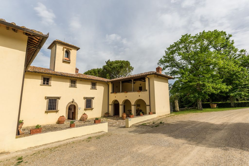 Image 2 | 7 bedroom hotel for sale with 60 hectares of land, Chianti, Florence, Chianti Wine Region 195317