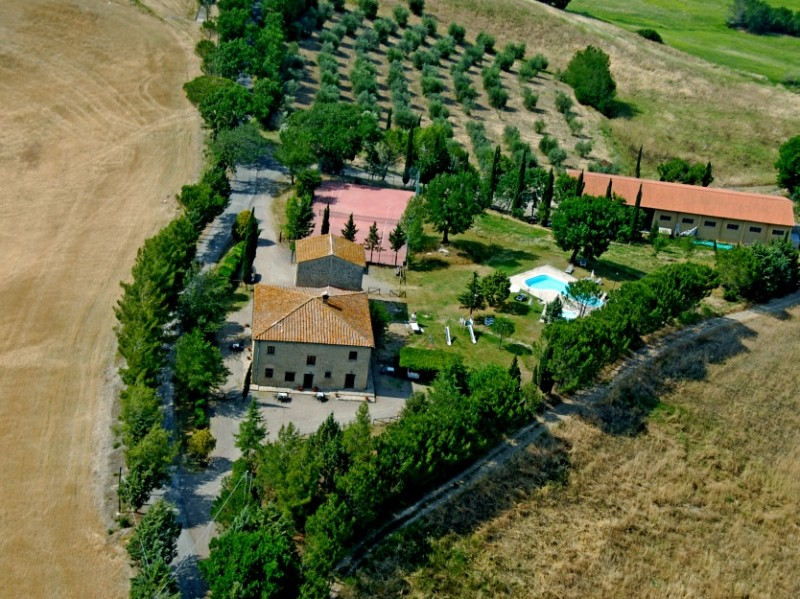 Image 1   9 bedroom farmhouse for sale with 2 hectares of land, Montecatini Val di Cecina, Pisa, Tuscany 195716