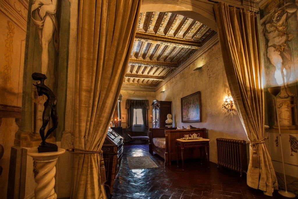 Image 13   Magnificent 6 bedroom apartment for sale in a palace in the heart of Cortona   195745
