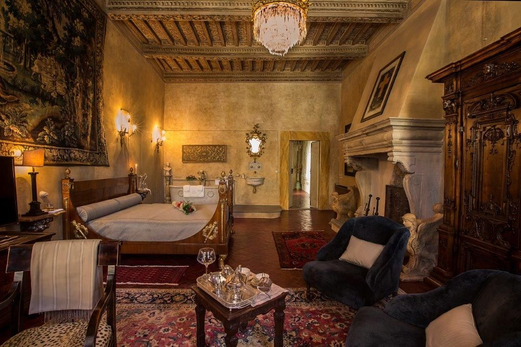 Image 22   Magnificent 6 bedroom apartment for sale in a palace in the heart of Cortona   195745