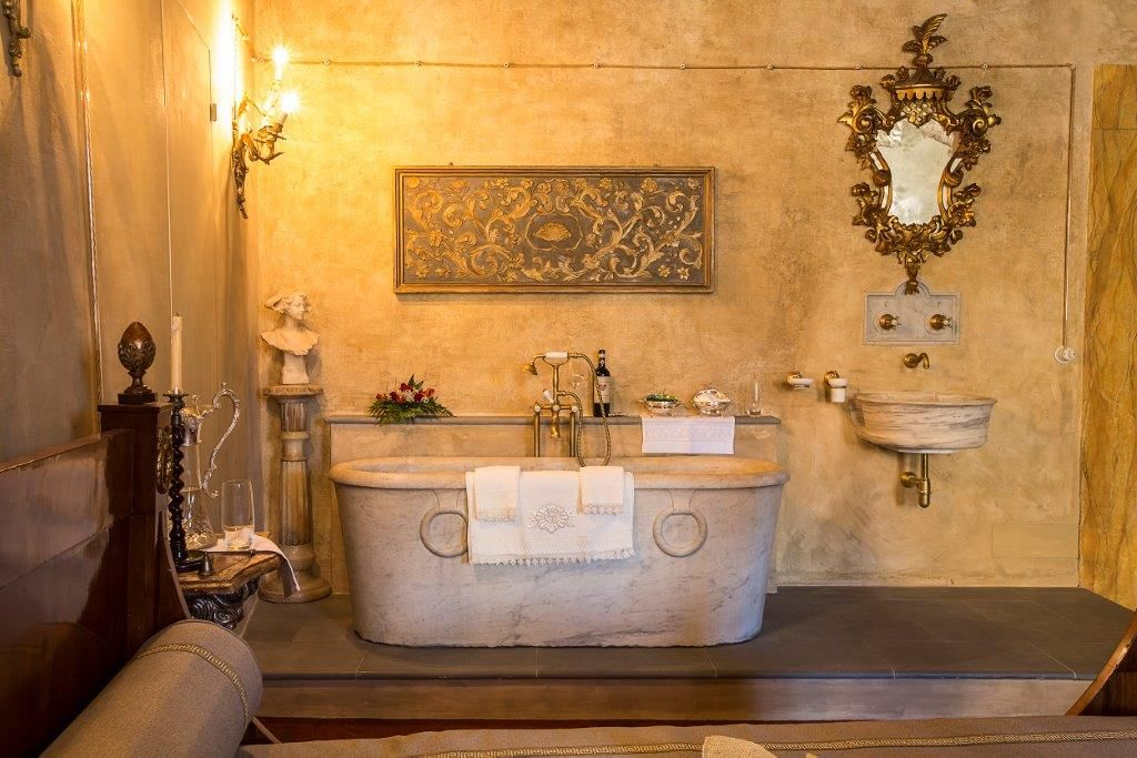 Image 23   Magnificent 6 bedroom apartment for sale in a palace in the heart of Cortona   195745