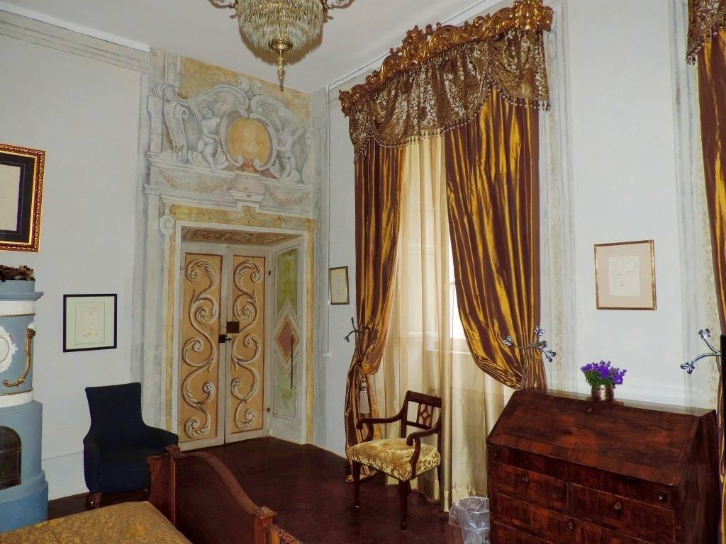 Image 24   Magnificent 6 bedroom apartment for sale in a palace in the heart of Cortona   195745