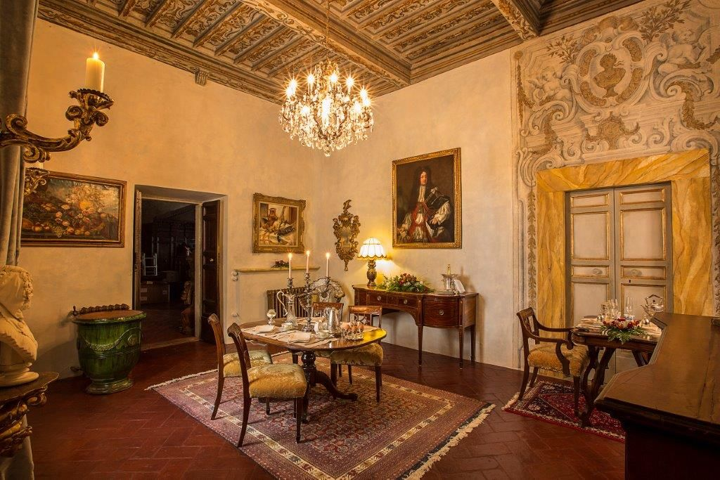 Image 9   Magnificent 6 bedroom apartment for sale in a palace in the heart of Cortona   195745