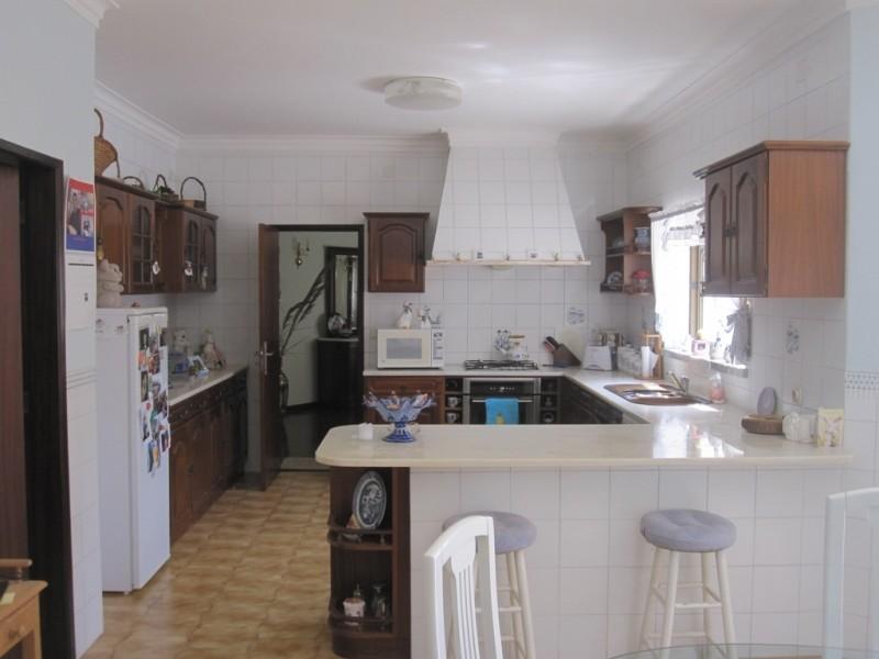 Image 10   4 bedroom villa for sale with 0.6 hectares of land, Cadaval, Lisbon District, Costa de Prata Silver Coast 196233