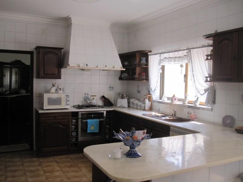 Image 11   4 bedroom villa for sale with 0.6 hectares of land, Cadaval, Lisbon District, Costa de Prata Silver Coast 196233